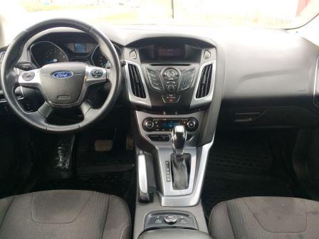 Ford Focus — компактный автомобиль американской компании Ford. В России с 1999 года произведено и продано500000 экземпляров. В 2010 году был самой продаваемой иномаркой в России, а в Европе стабильно входит в десятку самых продаваемых автомобилей.