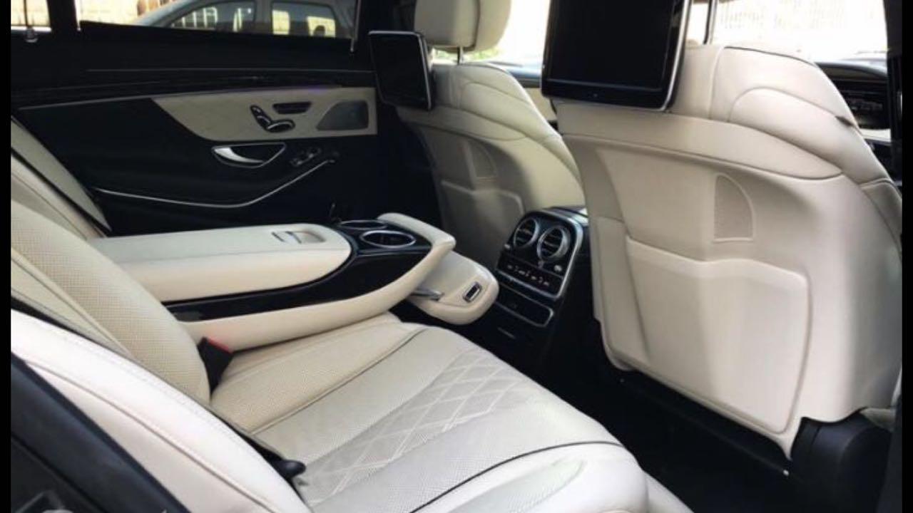 Mercedes-Benz 222 — шестое поколение флагманской серии представительских автомобилей S-класса немецкой марки Mercedes-Benz, выпускающееся с 2013 года. Пришло на смену модели W221. Разработкой дизайна, начатой ещё в2009 году, занимался Роберт Лесник.